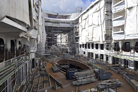 Oasis of the Seas – Under construction | Oasis of the Seas ... Oasis Of The Seas Construction