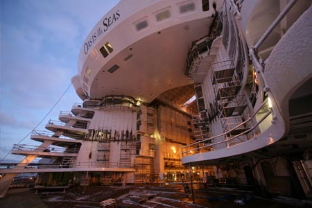Under Construction Gallery | Oasis of the Seas News Oasis Of The Seas Construction